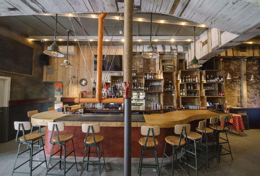 Hook up bars san francisco