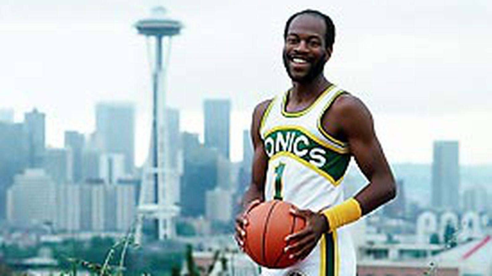 Seattle NBA history Gus Williams a guest on KJR Sonics Rising