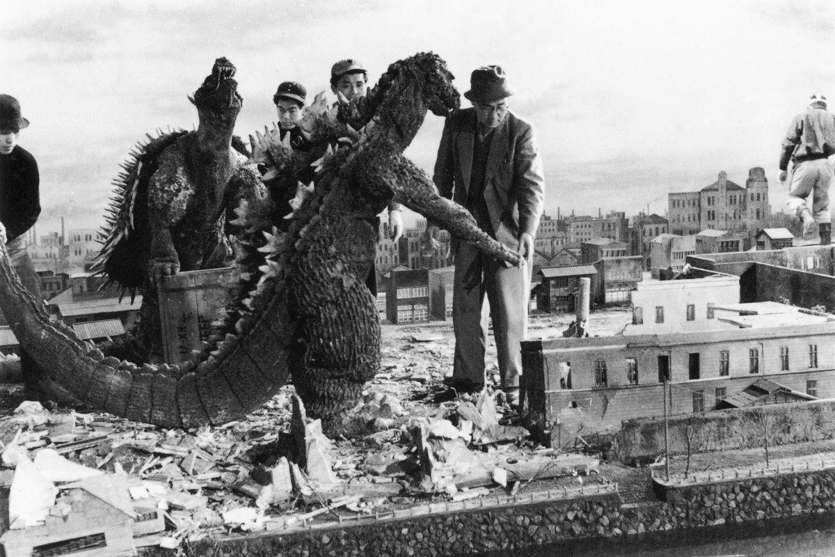 Eiji directs effects in Godzilla Raids Again (1955).
