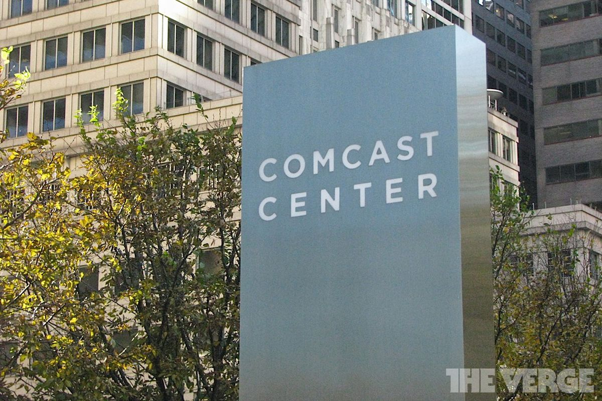 Apple and Comcast discussing TV service to bypass net congestion