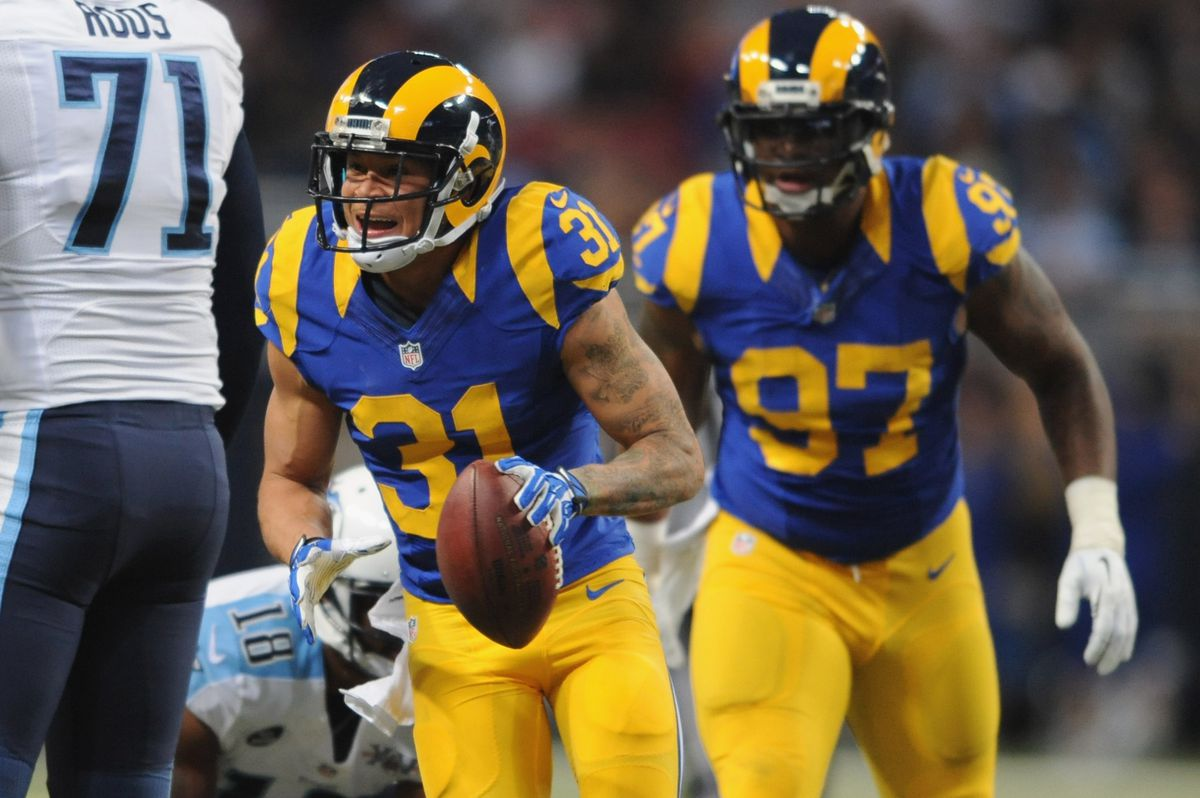 Tennessee Titans v St. Louis Rams