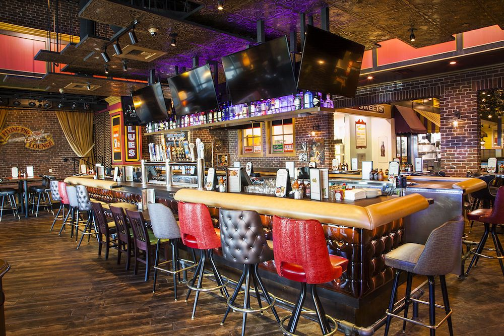 """<span data-author=""""2187660"""">Flying Pig Lounge at Lucille's Smokehouse Bar-B-Que </span>"""