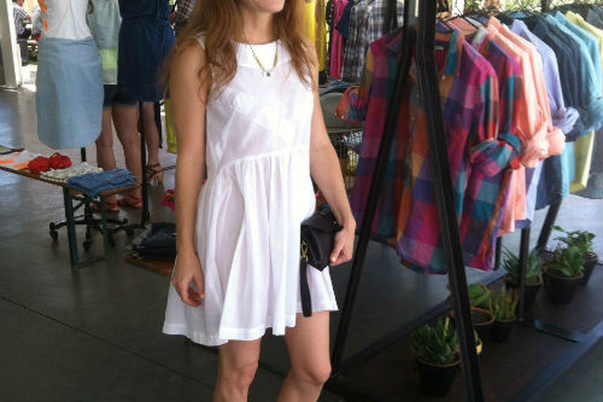 Jenny Lewis in Madewell jewelry and shoes. Pic via Madewell.