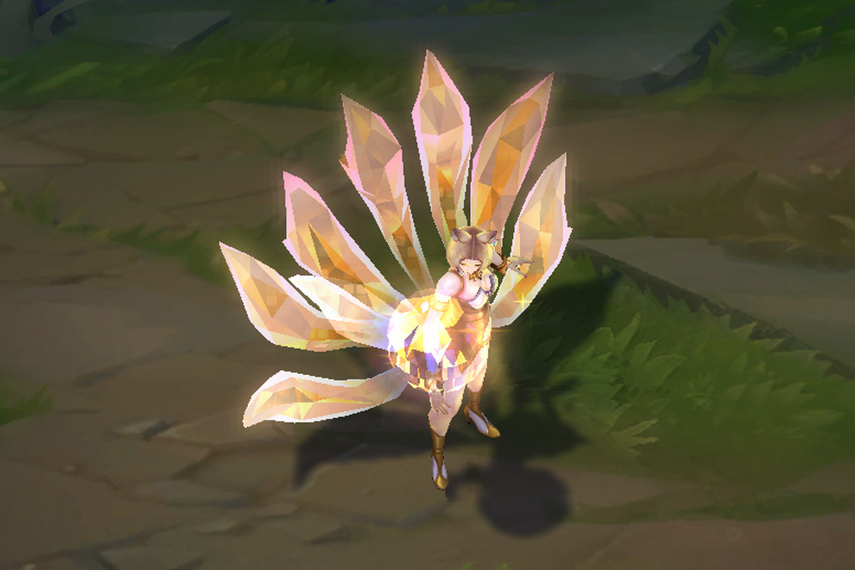 K/DA Ahri sparkles in her Prestige Edition skin - The Rift