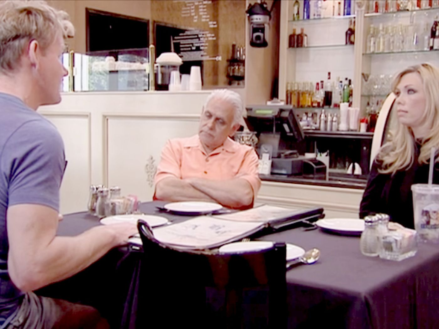 Watch Gordon Ramsay Give Up On Delusional Restaurant Owners In