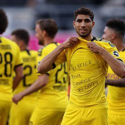 Borussia Dortmund's Achraf Hakimi.