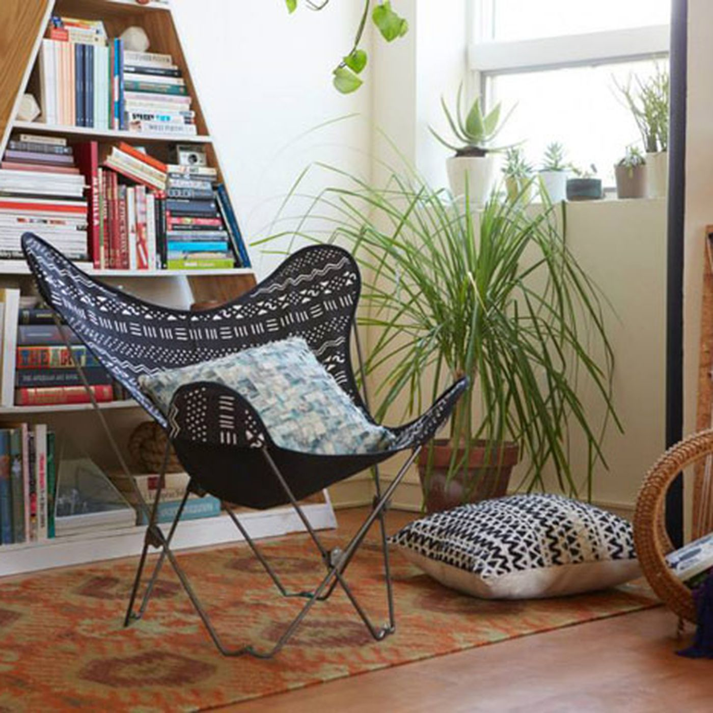 La S Best Shops For Affordable Dorm Room Furniture Decor Racked La