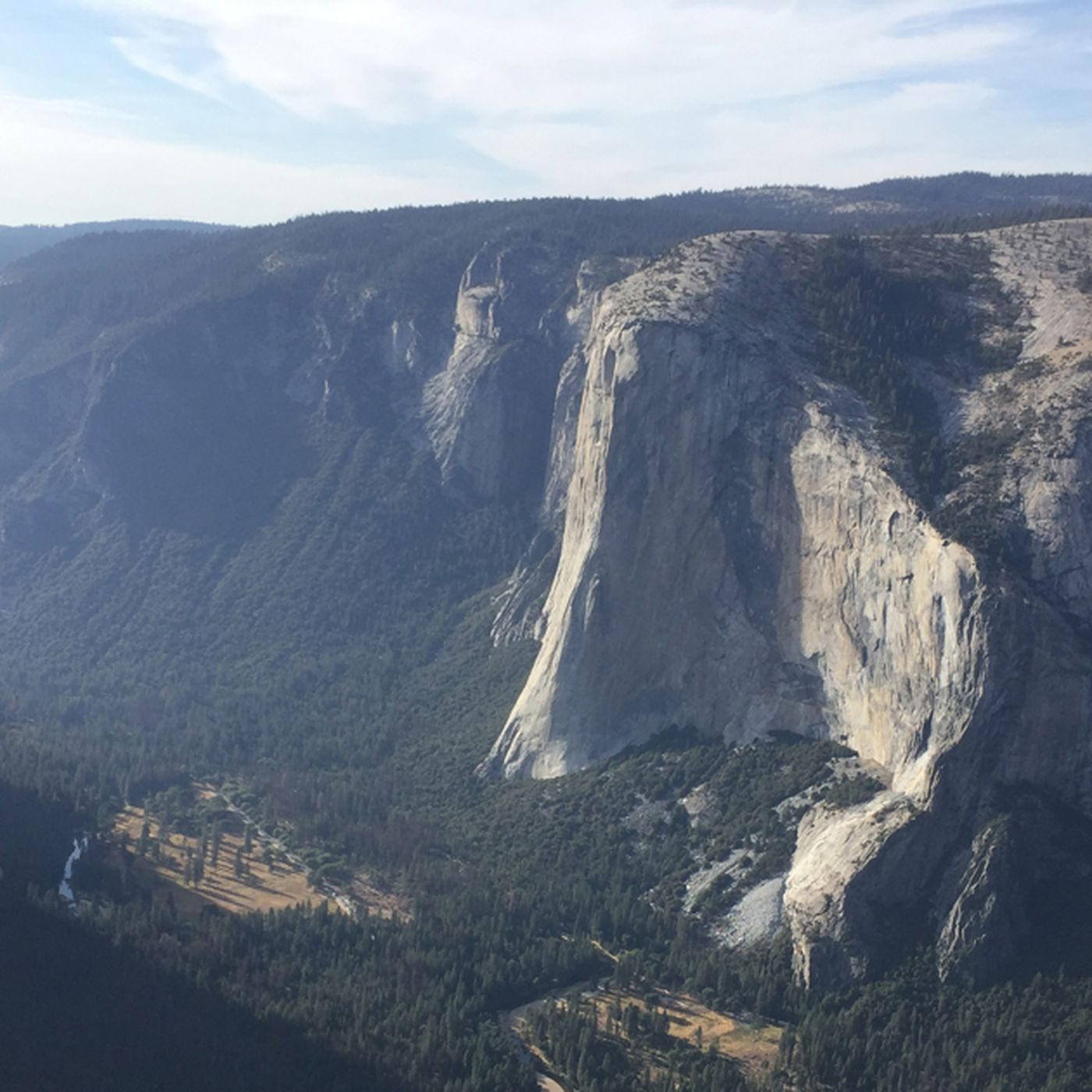 This tourist fell to death from rocks near Yosemite