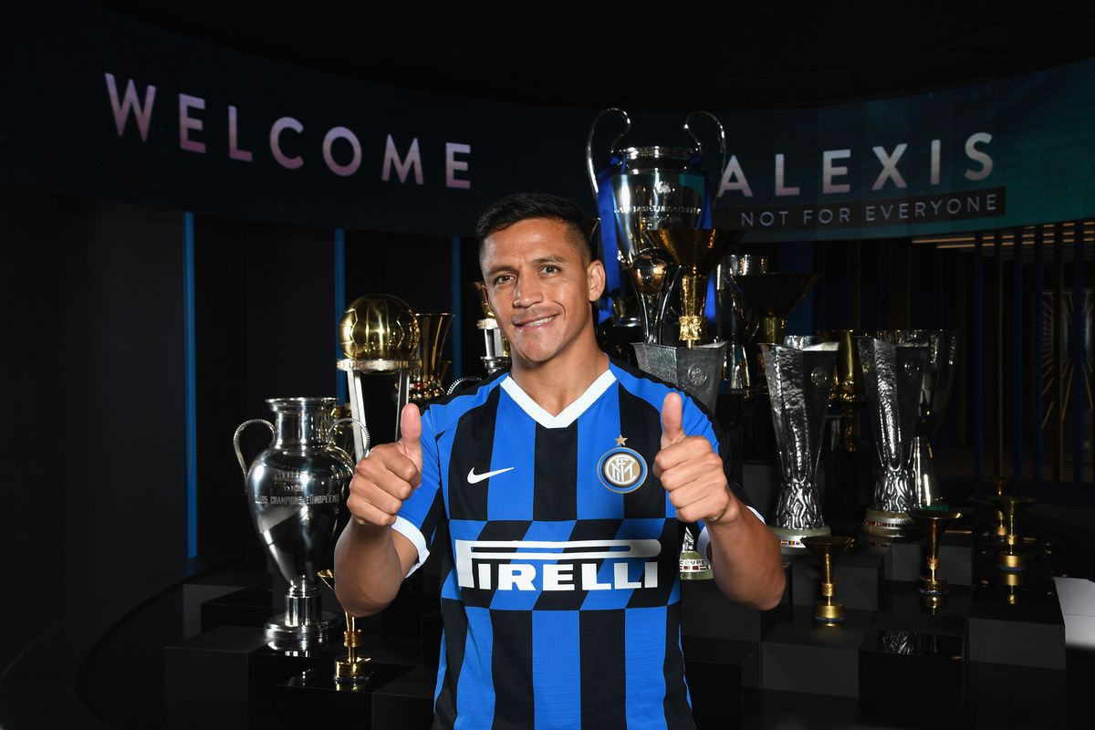 FC Internazionale Unveil New Signings Alexis Sanchez And Cristiano Biraghi