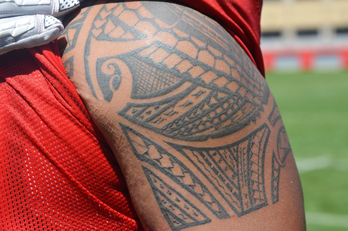 Inside The Ink Wisconsin Football Players Share The Stories Behind