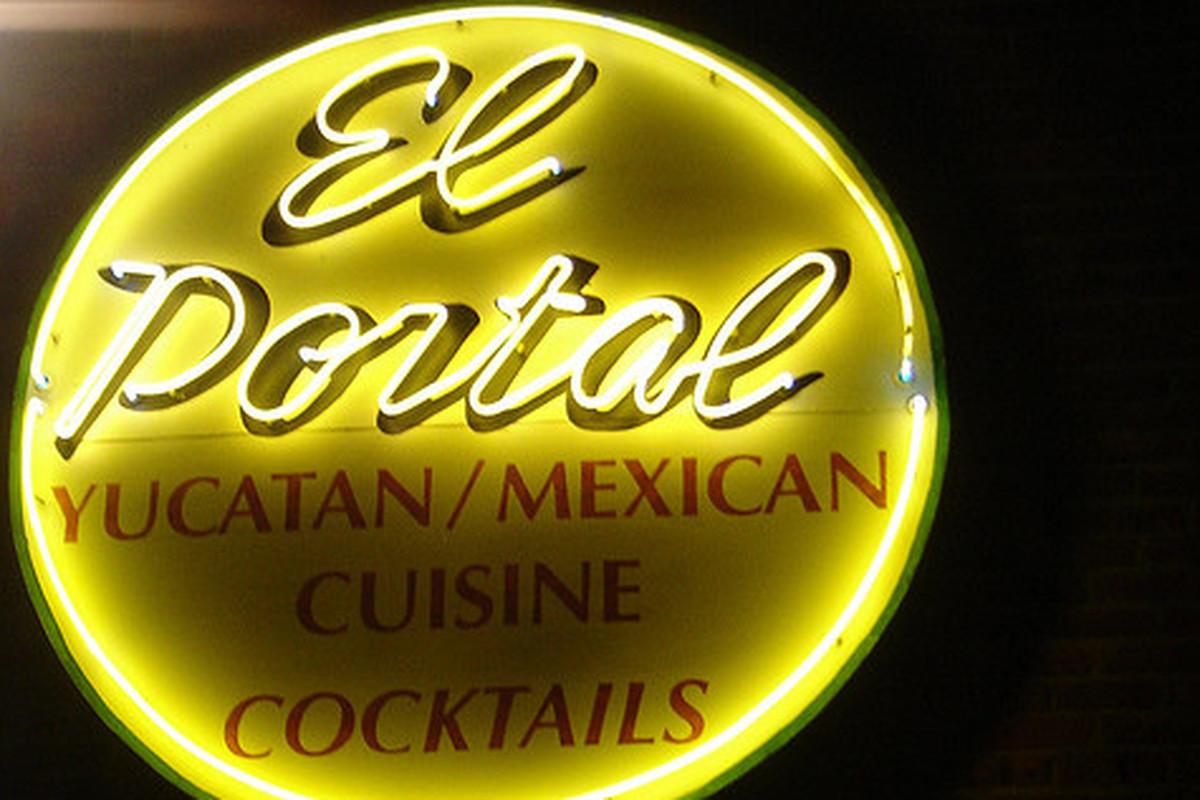 El Portal, Pasadena.