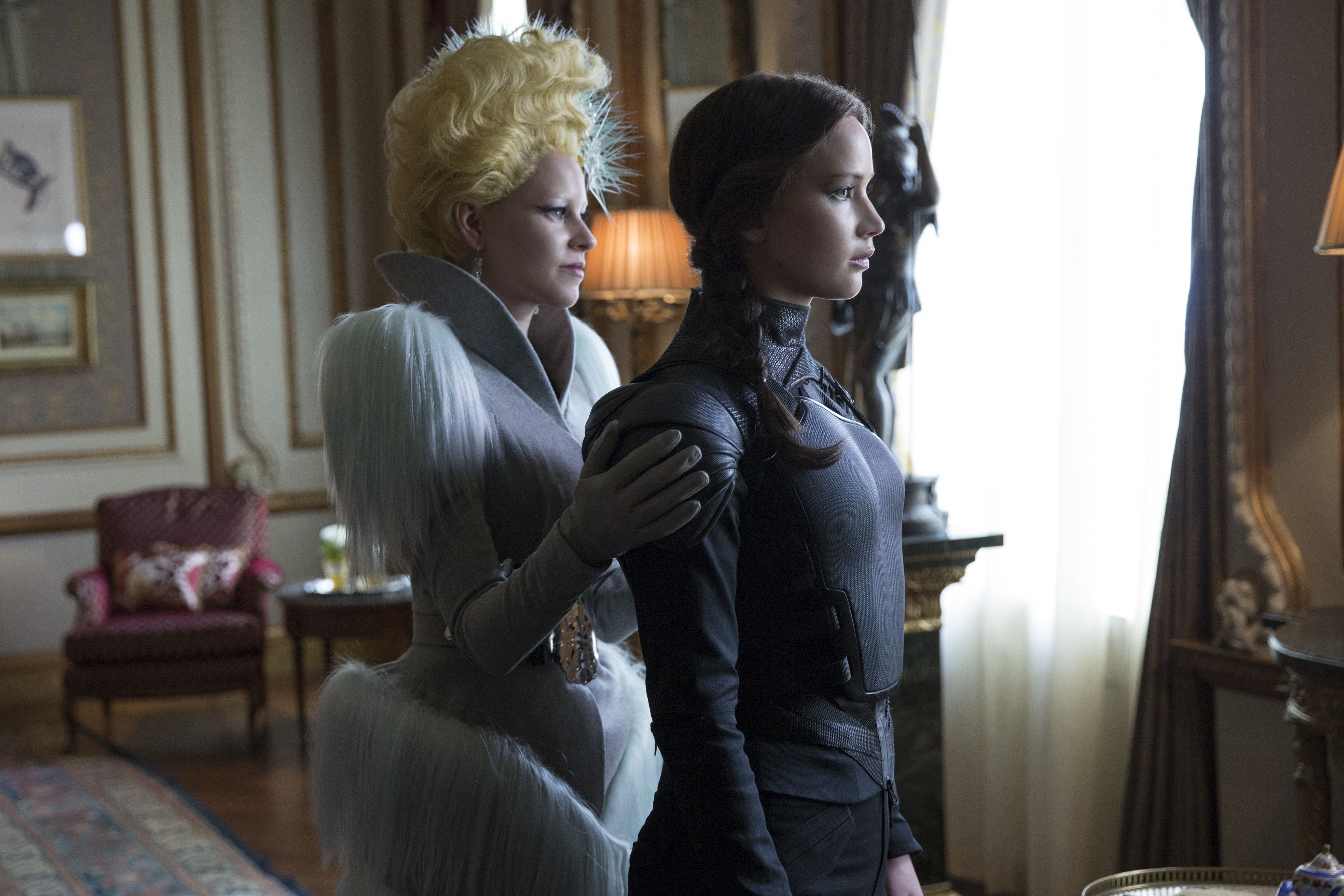 Review the hunger games mockingjay part 2 is a successful the hunger games mockingjay part 2 buycottarizona Gallery