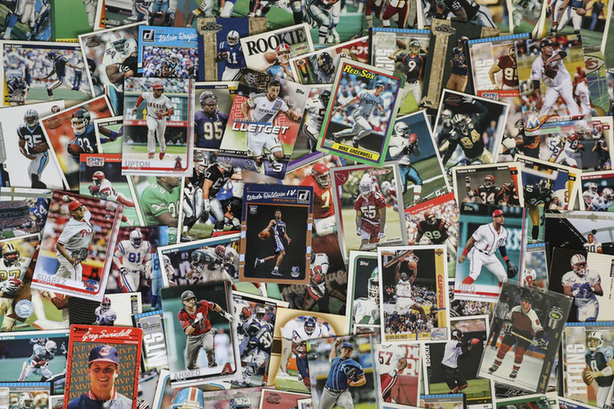 All major US sports cards captured in this collectibles image.