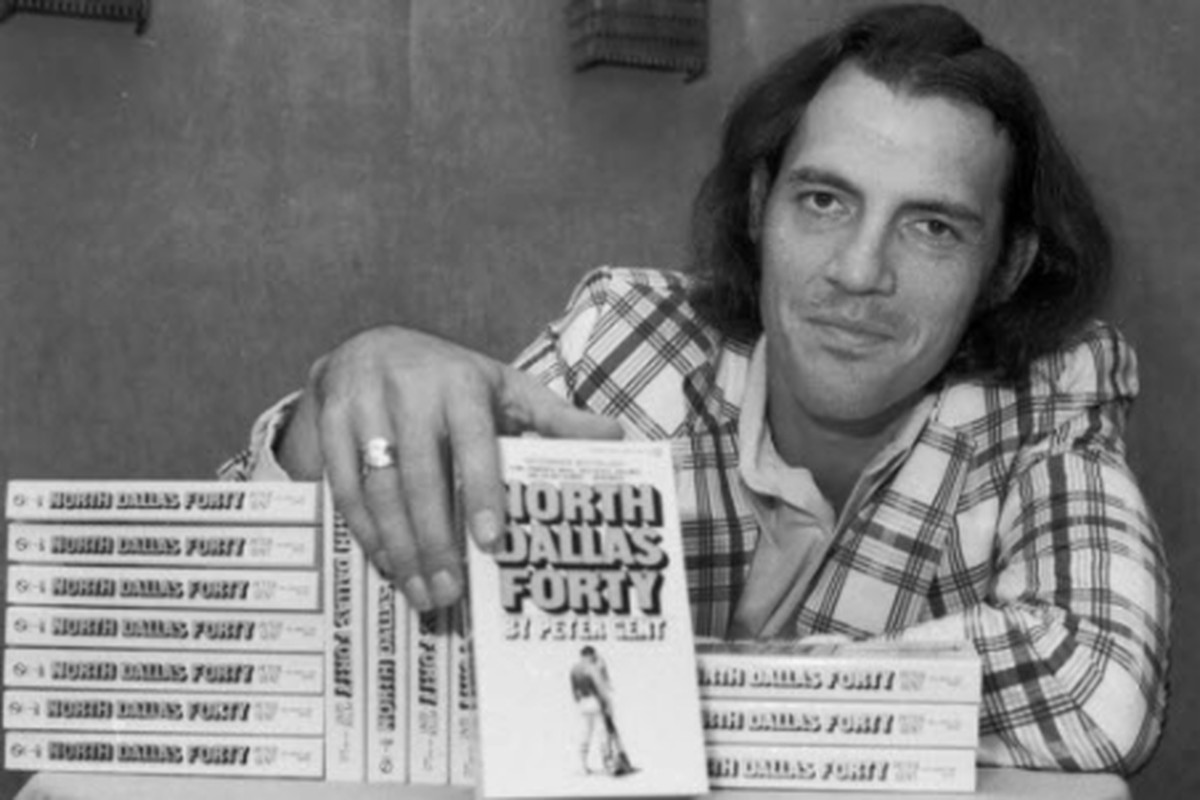 ''North Dallas Forty'' by Pete Gent is on columnist Rick Telander's list of 25 sports books that shaped him.