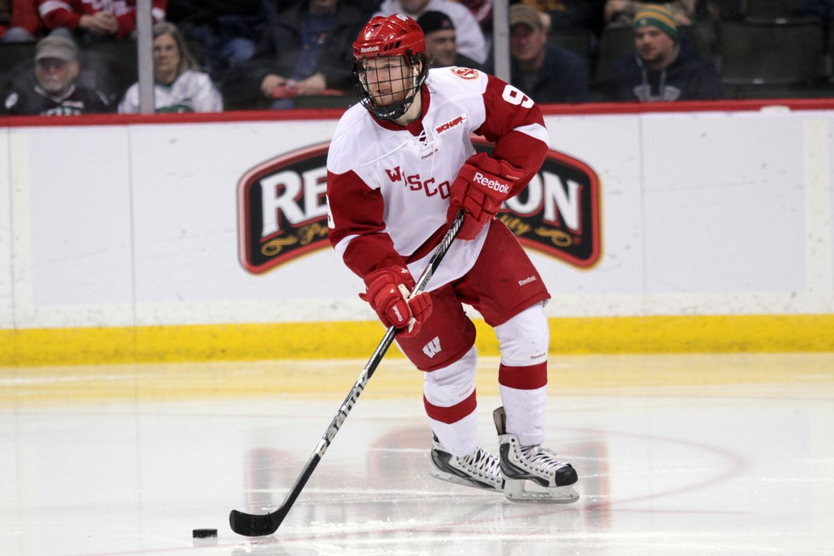 Wisconsin center Mark Zengerle is coming back to Madison.