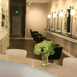 """<span class=""""credit""""><em>Image via Posh Salon.</em></a></span> Colorist Lori Dylan at <a href=""""http://www.poshsf.com"""">Posh Salon and Blow Dry Boutique</a> has been working her magic for over 15 years, specializing in balayage, sun-kissed highlights and v"""