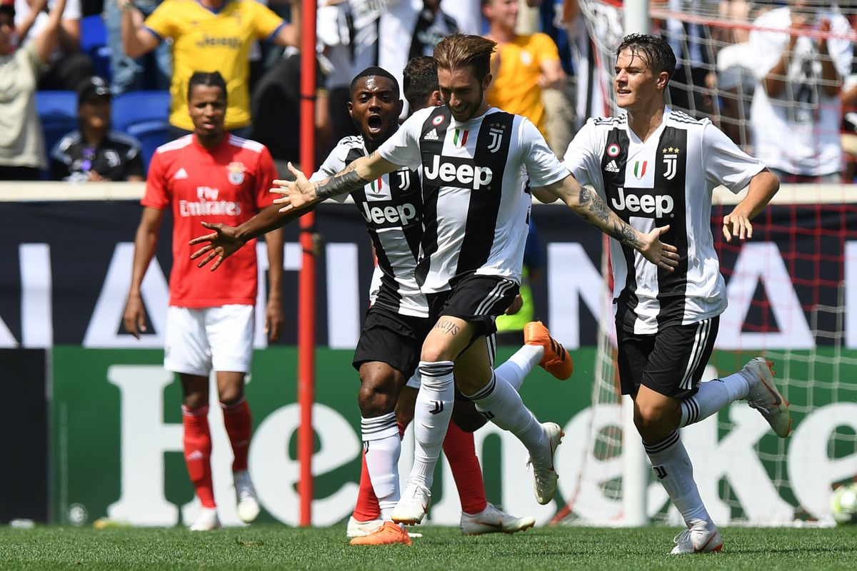 Juventus 1 4 Benfica 1 2 Initial Reaction And Random Observations Black White Read All Over