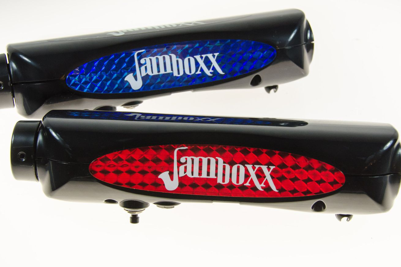 the jamboxx is a midi instrument you control with your breath