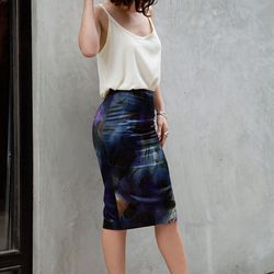 """Karla of <a href=""""http://www.karlascloset.com/"""">Karla's Closet</a> is wearing a <a href=""""http://www.agjeans.com/Deep_Low_Back_Cami__Pale_Moon/pd/np/11/p/4075.html"""">AG Jeans</a> cami, a Dries Van Noten painted floral pencil skirt and Christian Louboutin sh"""