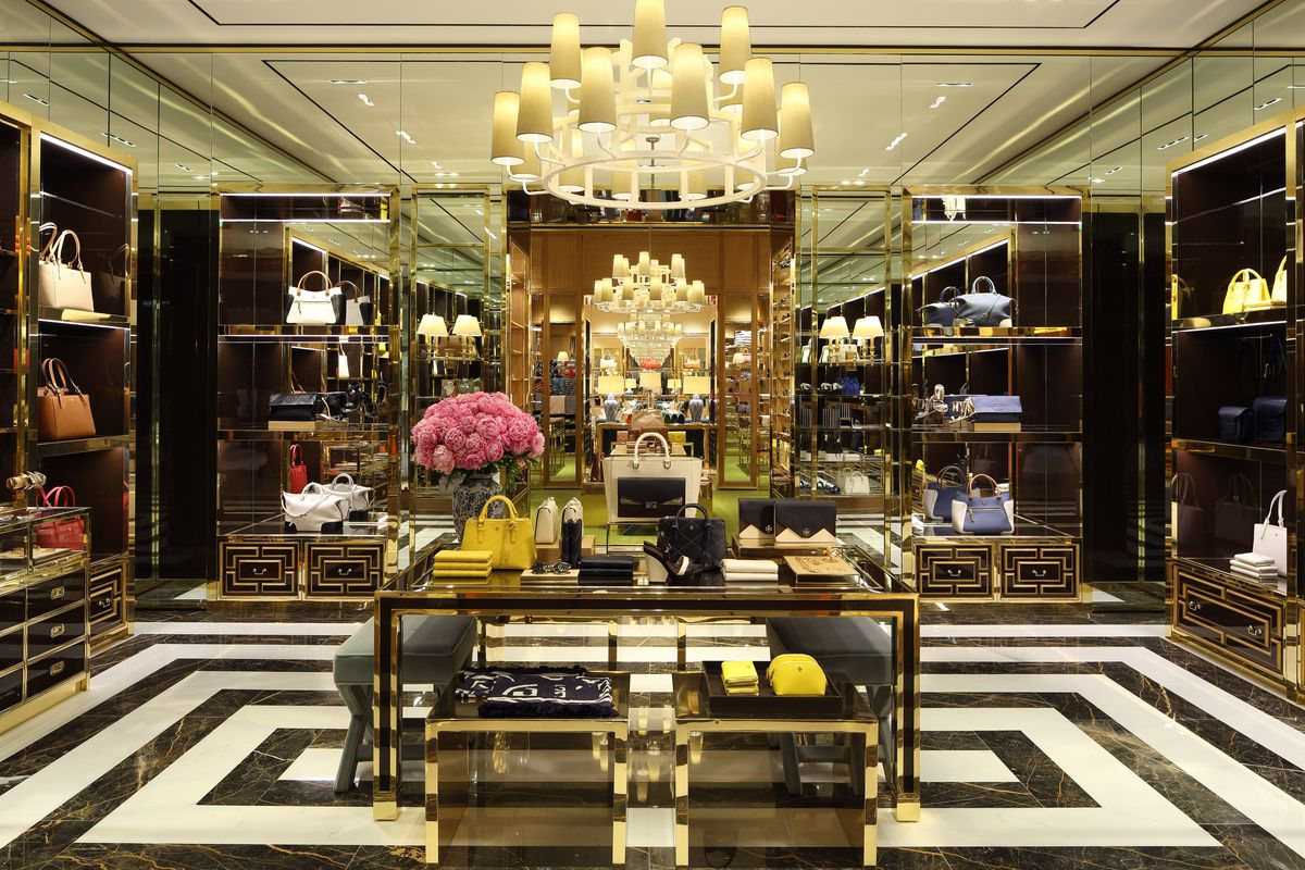 9b12e7c9cdb The Tory Burch Accessories Boutique at Aventura Mall Is Perfect ...