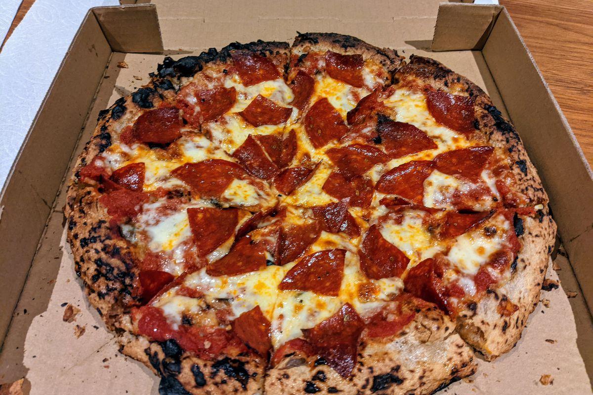 Pepperoni pizza from Brandoni pepperoni.