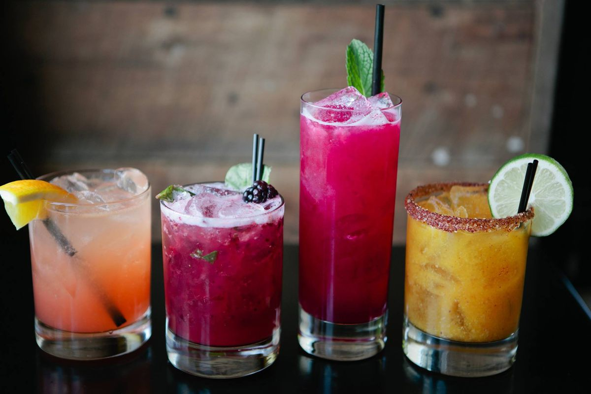 Papagayo cocktails