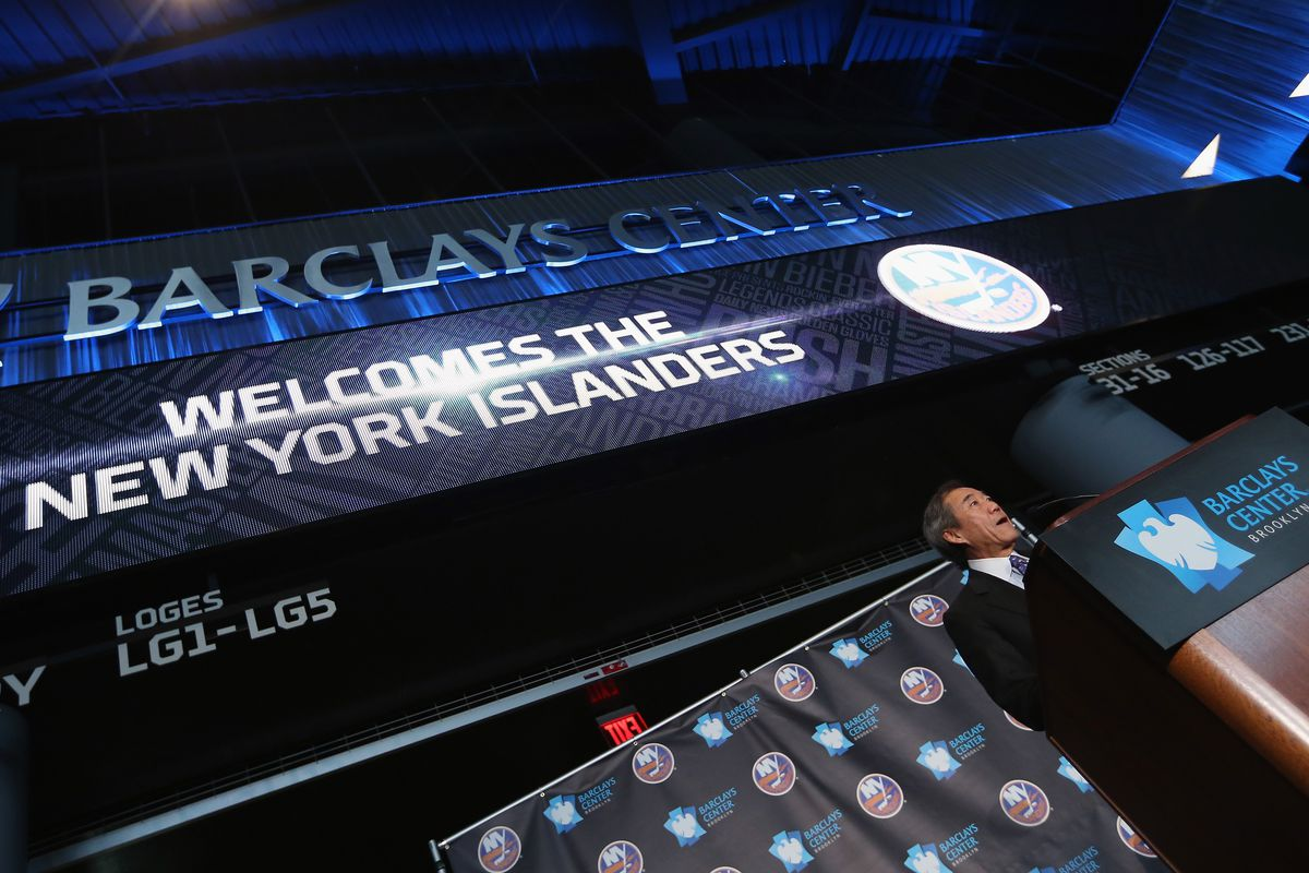 Alfred Hitchcock Presents: an Islanders press conference