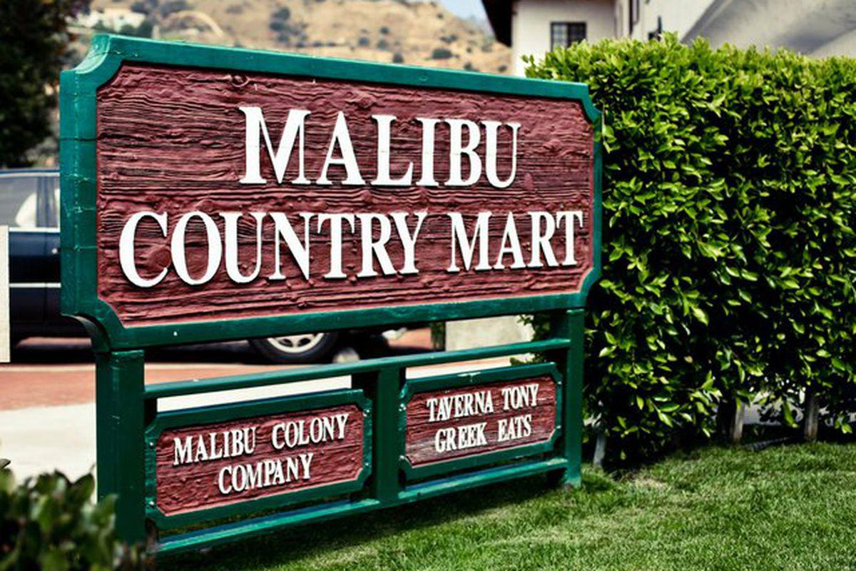 "Image via <a href=""http://www.malibucountrymart.com/"">Malibu Country Mart</a>"