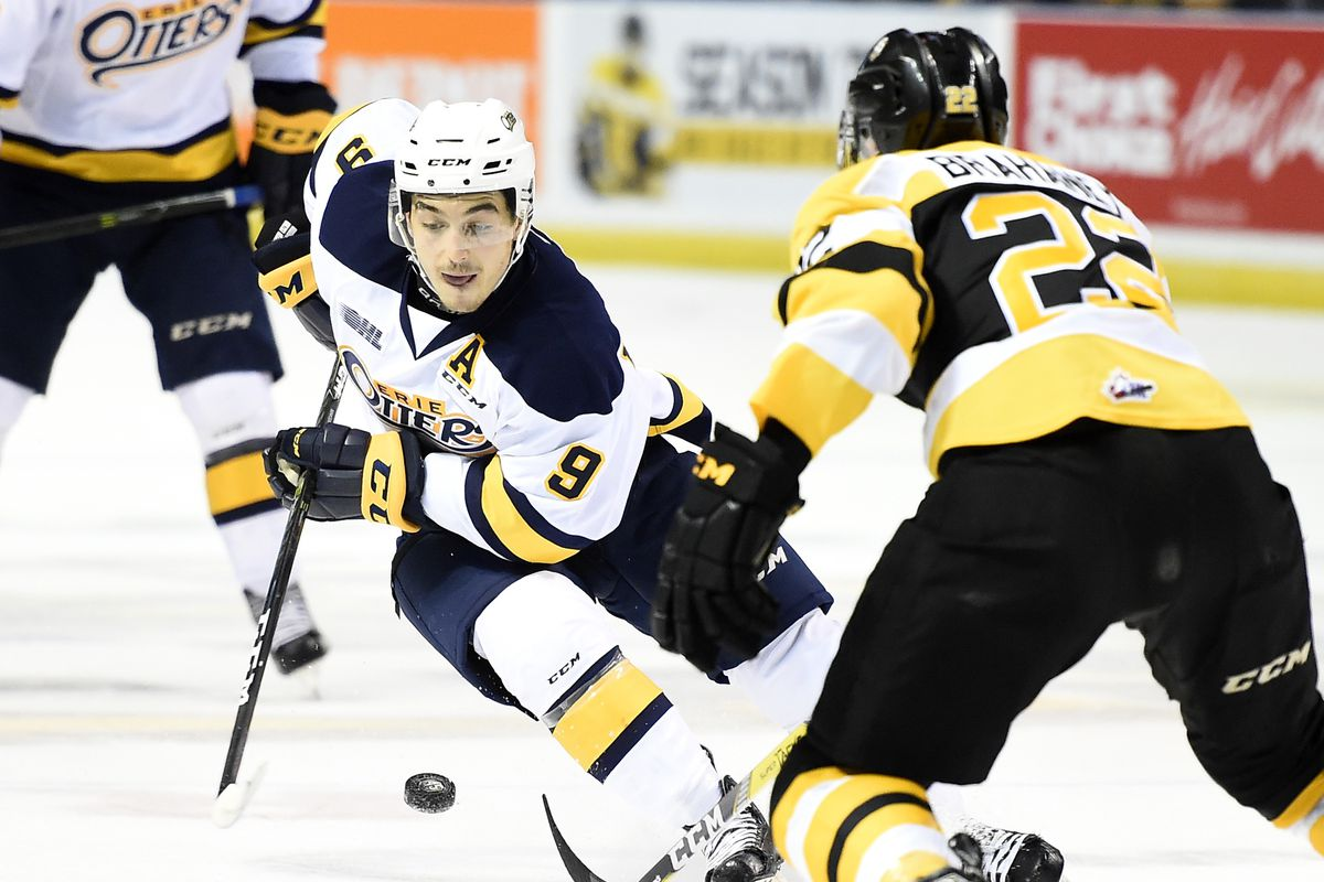 Kyle Maksimovich of the Erie Otters. Photo by Aaron Bell/OHL Images