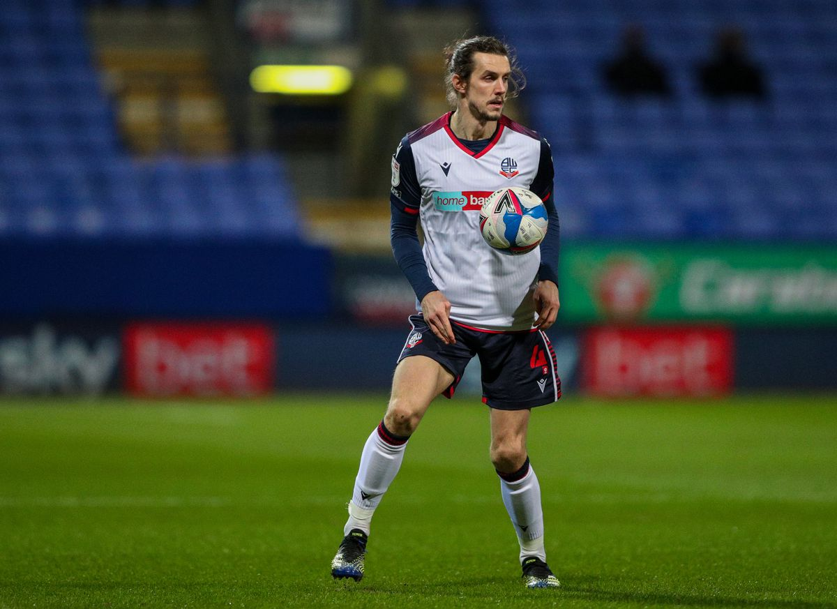 Bolton Wanderers v Morecambe - Sky Bet League Two