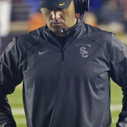 Steve Sarkisian in dismay at the end of the game.