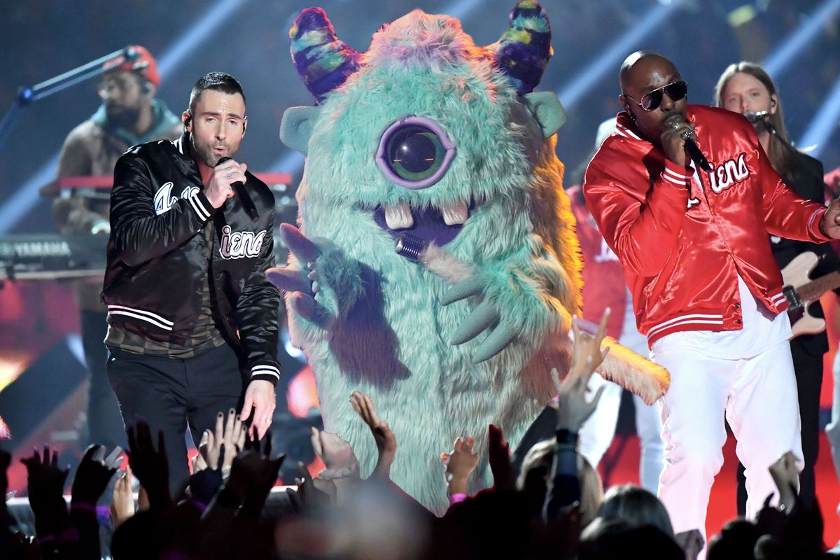Monster singing at the Super Bowl with Maroon 5