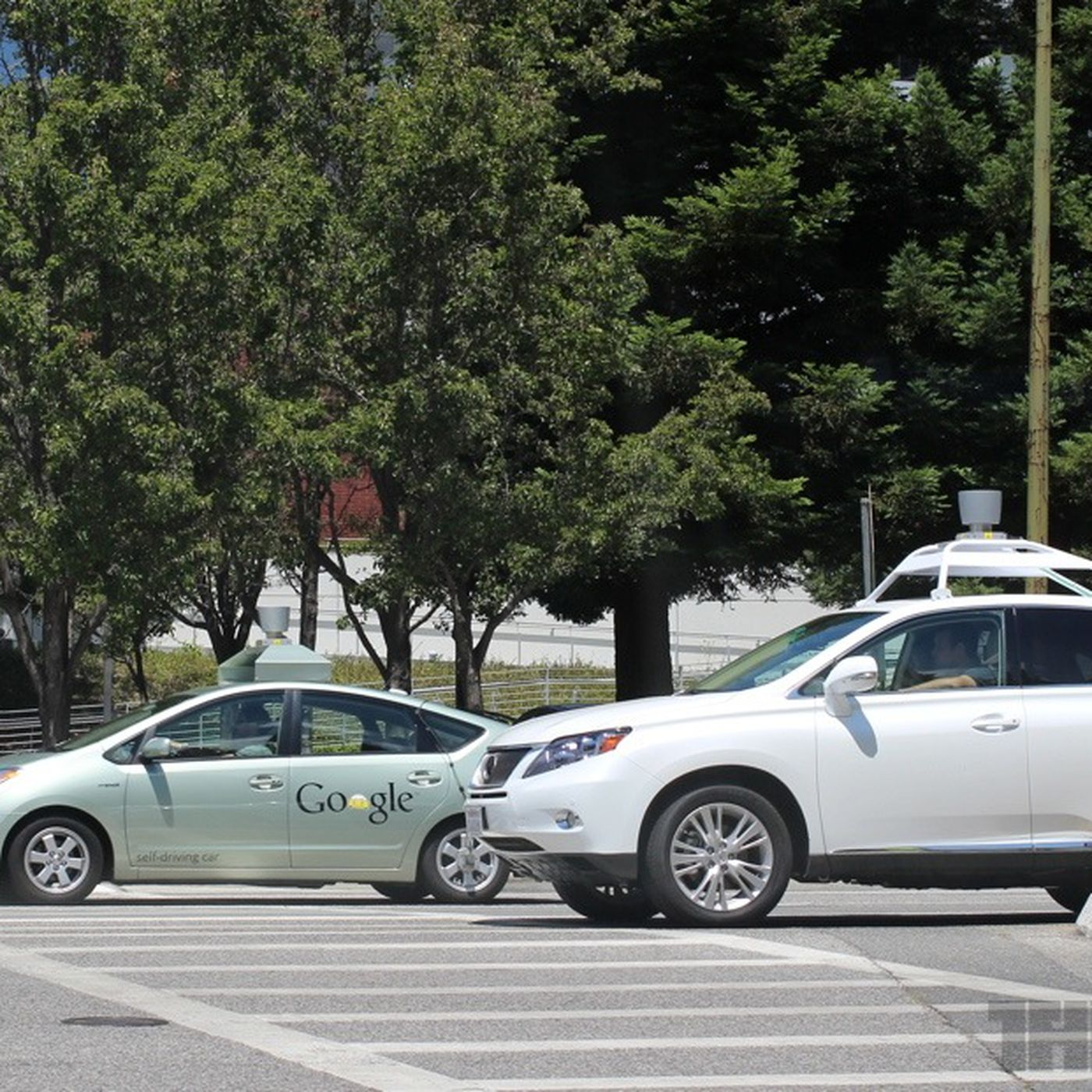 Self-driving cars: Google and others map the road to automated ... on