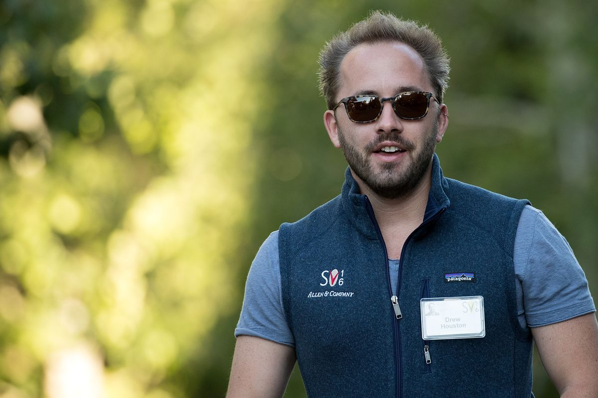 Dropbox Shares Jumped Nearly 40 Percent On The First Day Of Trading