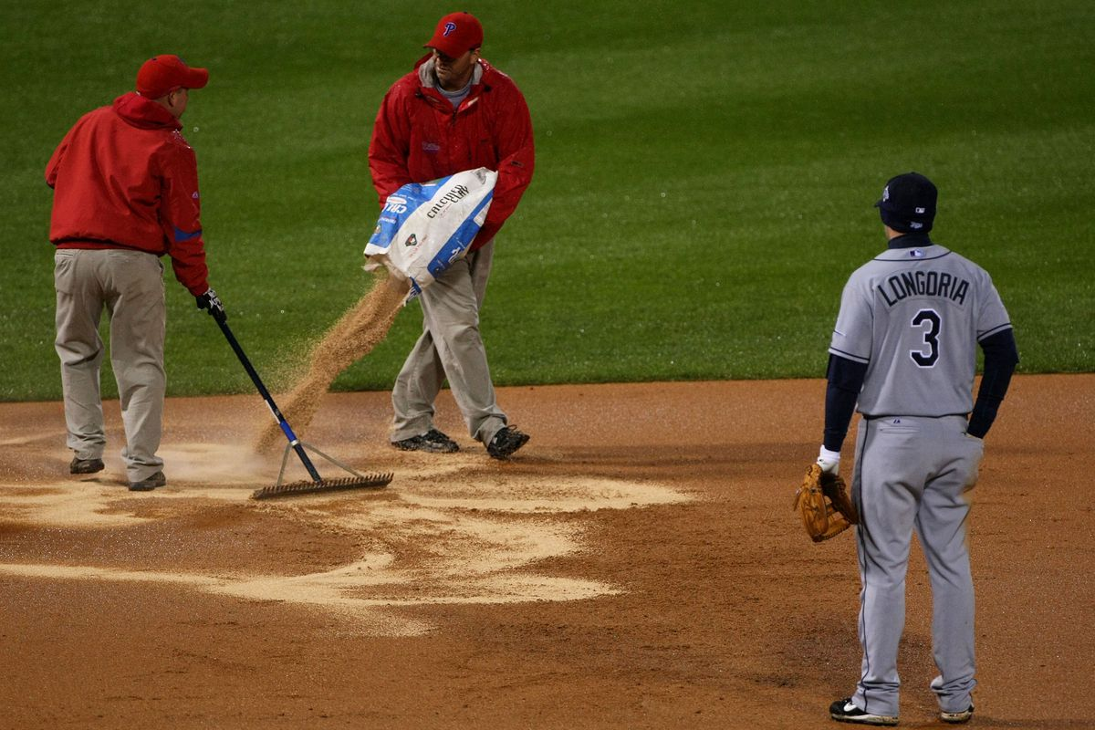 such rainy conditions Longo couldn't even field his position
