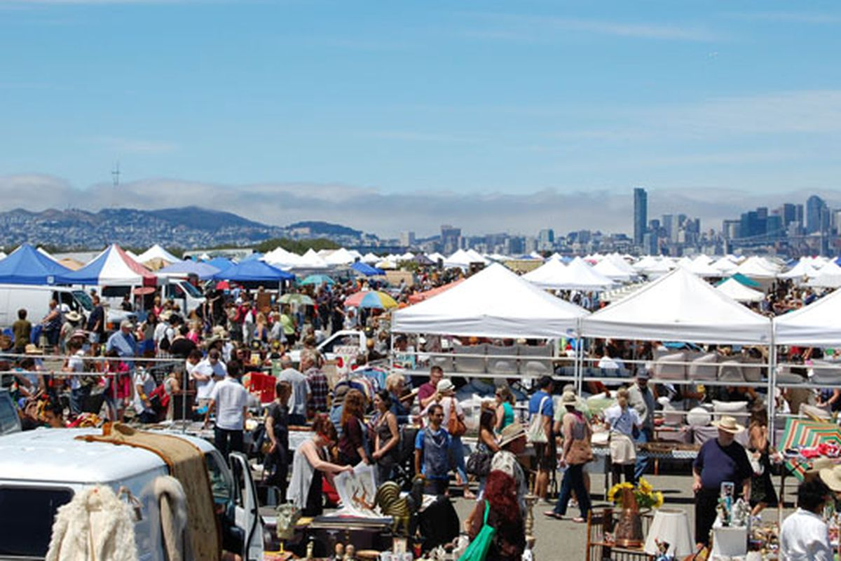 """Photo via <a href=""""http://www.alamedapointantiquesfaire.com"""">Alameda Point Antiques Faire</a>"""