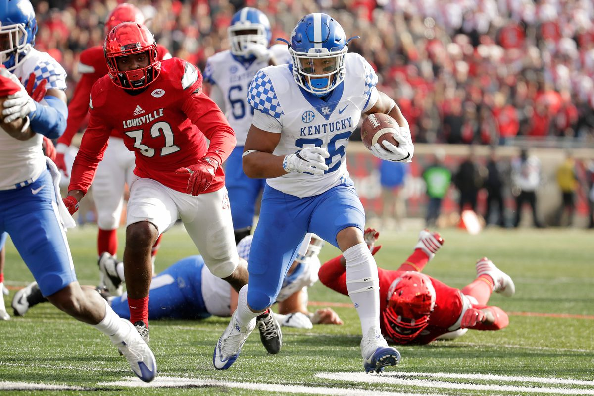 Kentucky Wildcats Football: Best-Case Scenario for 2017 ...
