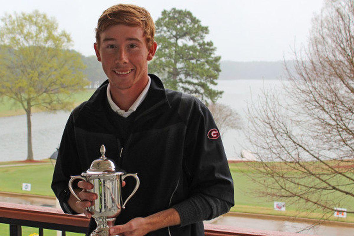 Junior golfer from Clarkesville, Lee McCoy