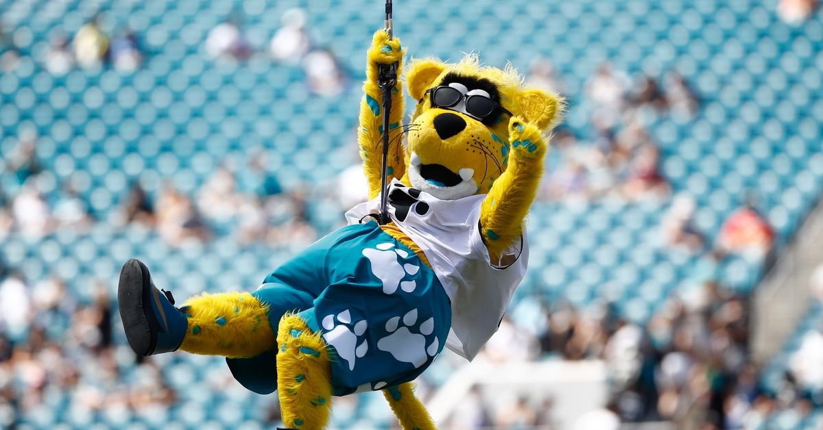 Thursday Night Football Live: Jaguars vs. Titans