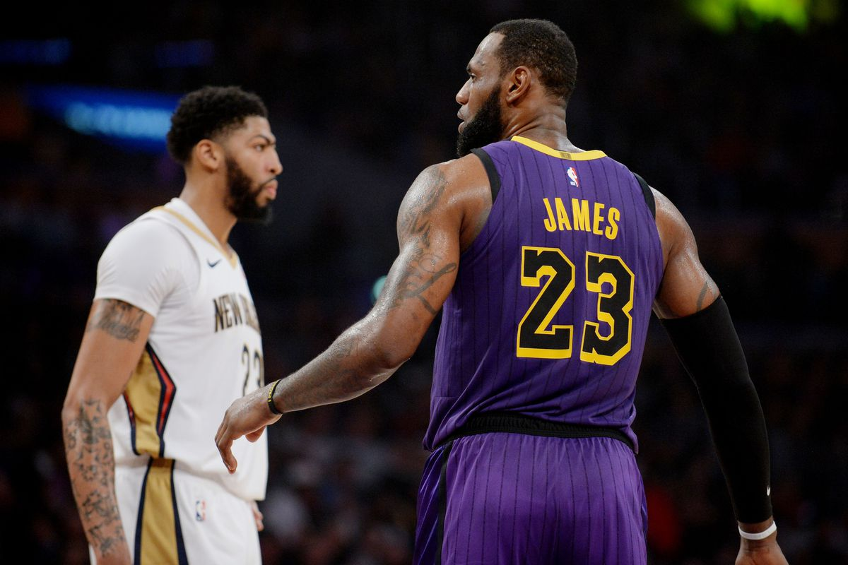 395f0509581 Lakers Podcast: Breaking down what we know about the Anthony Davis trade  rumors