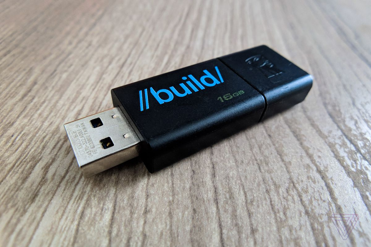 microsoft confirms you really really don t need to safely remove usb flash drives anymore - chiavetta usb fortnite