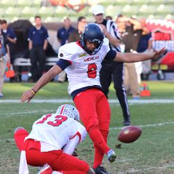 Cal's Vincenzo D'Amato was 1-of-2 on field goals.