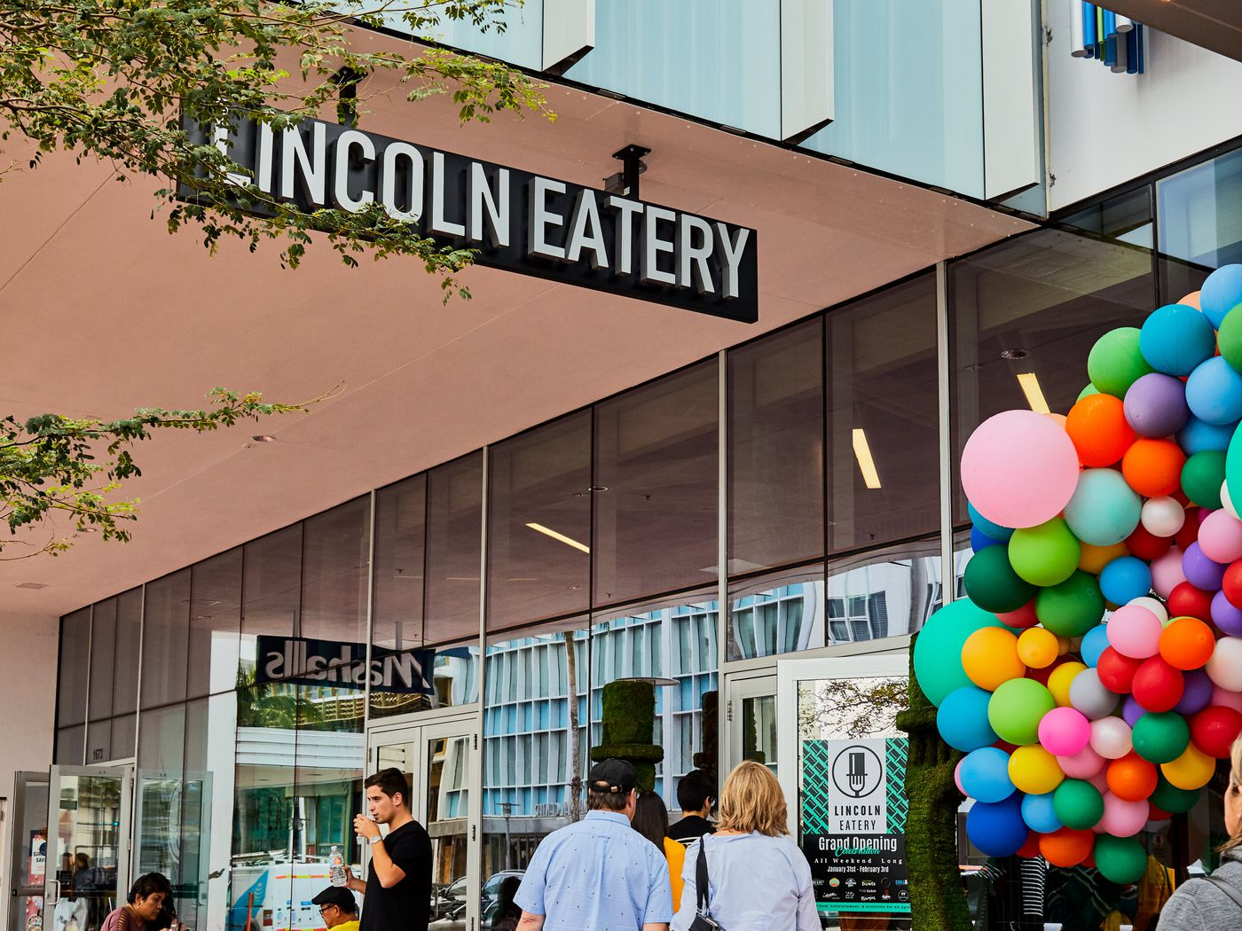 Take a Look Around Miami's Latest Food Hall, Lincoln Eatery