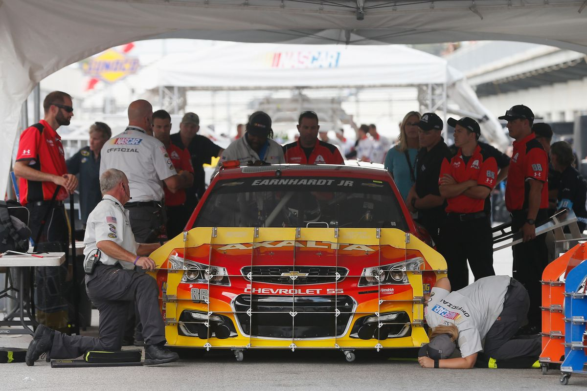 NASCAR Sprint Cup Series Crown Royal Presents The Combat Wounded Coalition 400 - Qualifying