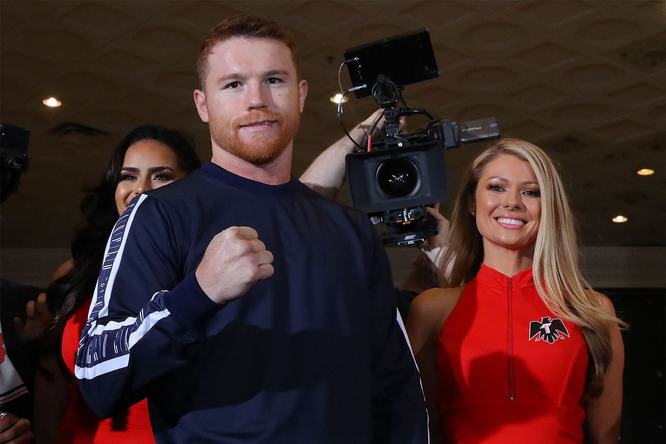 CaneloJacobsArrivals Hoganphotos1.5 - Canelo looking to take step toward full unification at 160