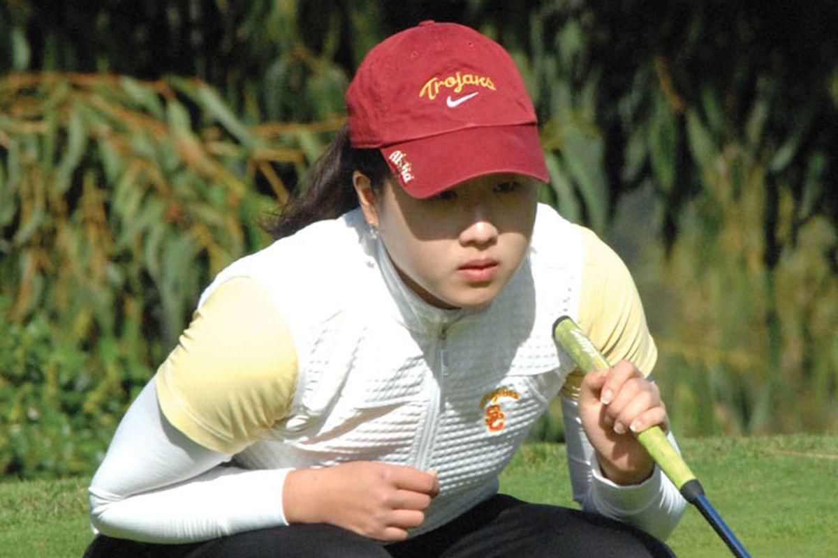 """via <a href=""""http://dailytrojan.com/wp-content/uploads/2009/09/sports-song-jennifer-09-da-b.jpg"""">dailytrojan.com</a>"""