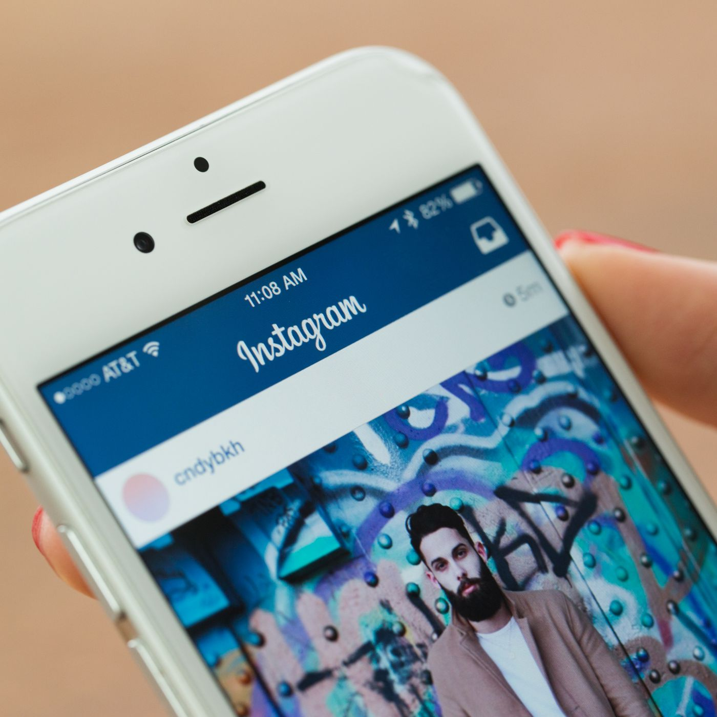 802a2be2131 An Instagram hack hit millions of accounts, and victims' phone ...