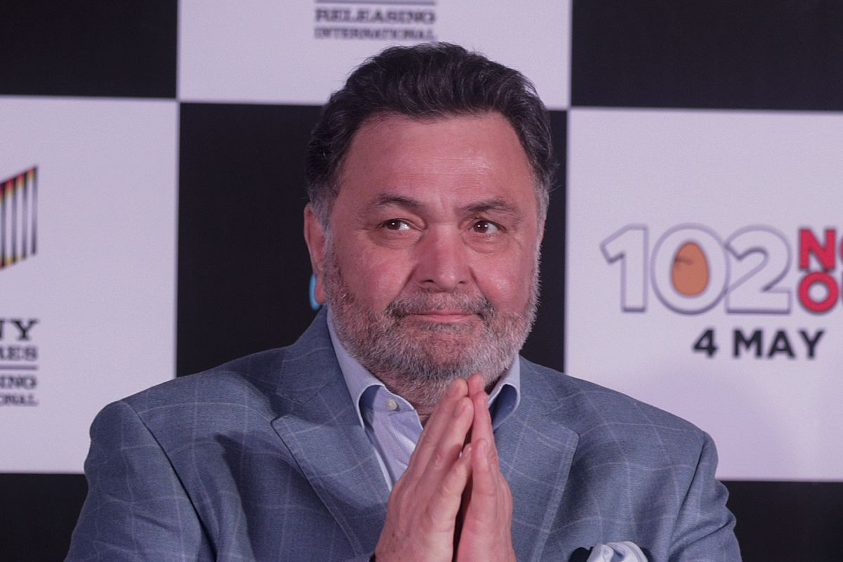 """Bollywood actor Rishi Kapoor greets media as he arrives for the song launch of film """"102 Not Out"""" in Mumbai, India, in 2018."""