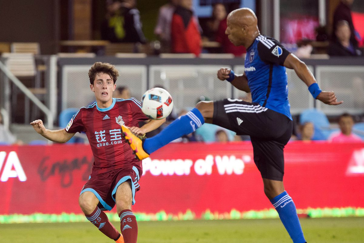 Real Sociedad youngster appropriately Quakes in fear at the sight of San Jose defender Jordan Stewart. That's right: Geez is back!