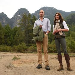 Will and Kate take a well-deserved break during their three-hour hike up to the Tiger's Nest monastery in Bhutan.